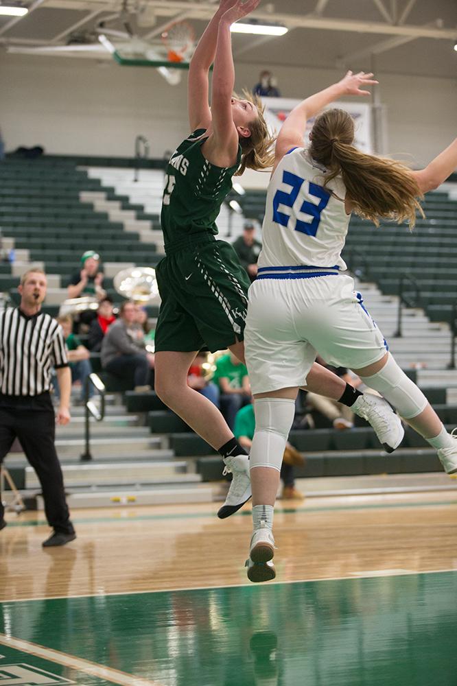 Women's Basketball - VS Skyview 2018